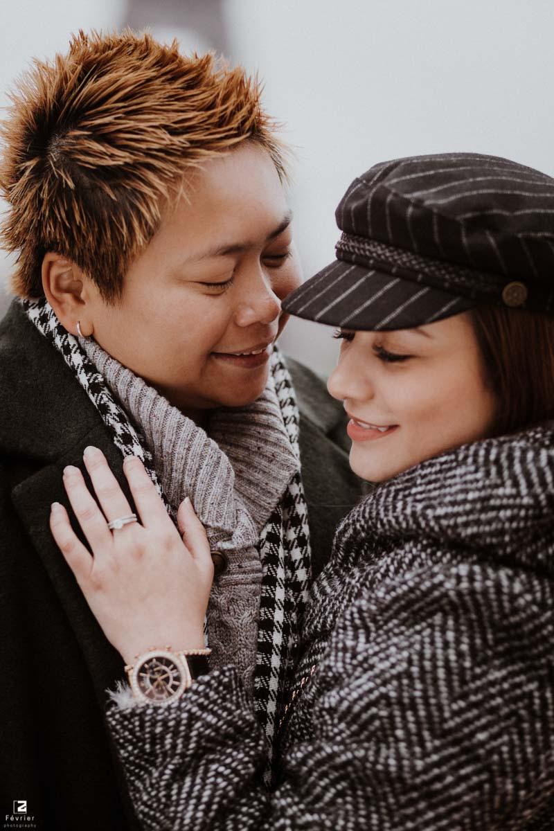 lesbian-photoshoots-beautiful-couple-smile