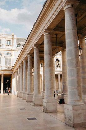 paris-photo-palais-royal-domain-column.j
