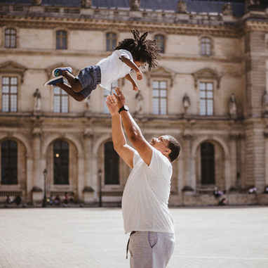paris-family-photoshoot-dad-and-son-at-louvre-museum