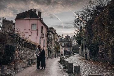 paris-photo-shoot-couple-at-montmartre.jpg