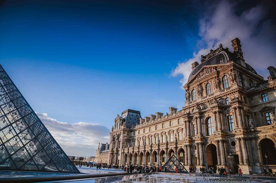 paris-photo-louvre-museum-3.jpg