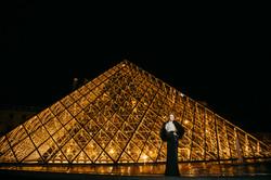 paris fashion photo louvre museum