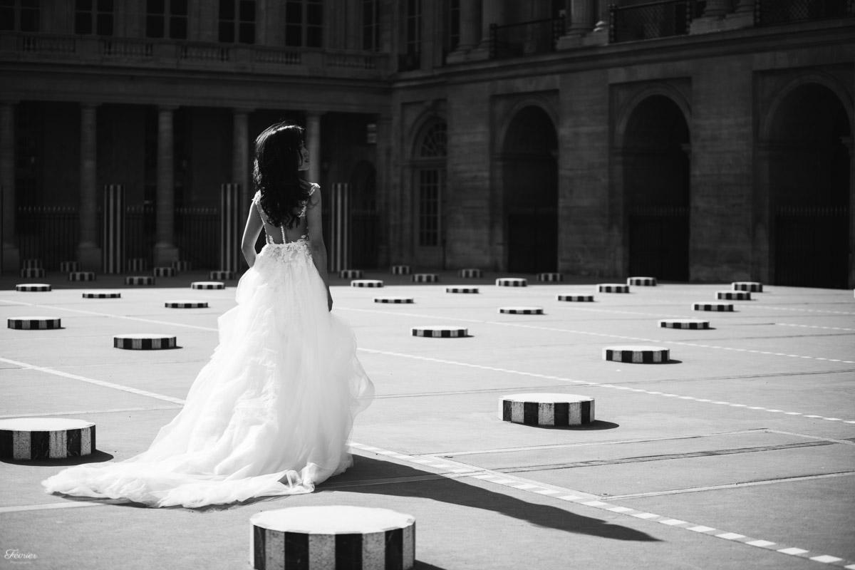 pre-wedding-photos-dress-black-and-white