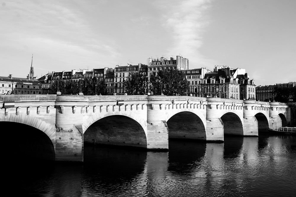 paris-photography-black-and-white-pont-neuf-the-seine-river