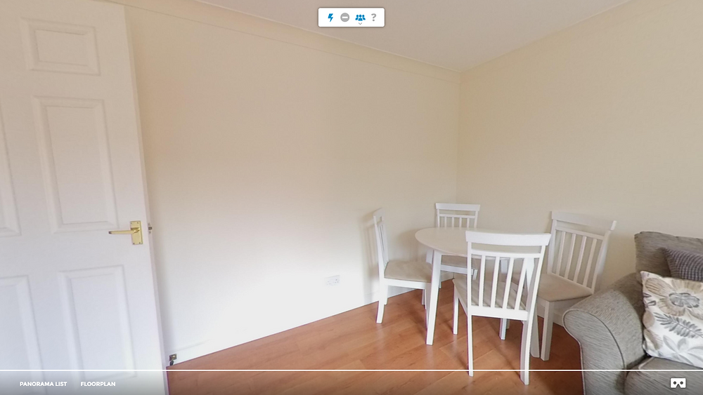 User interface when hosting a live virtual tour made by 3Doramic