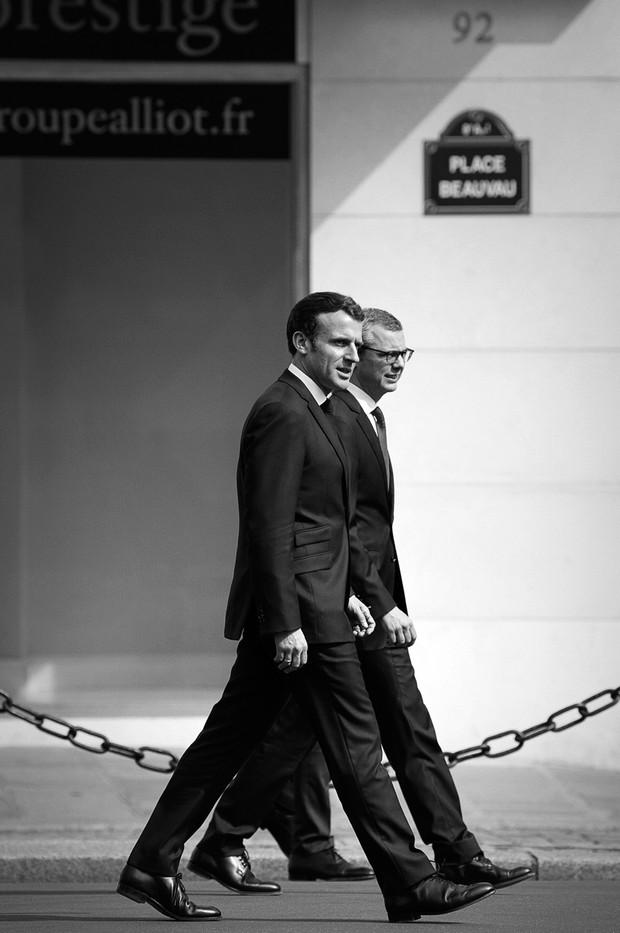 Le Président Emmanuel Macron et le secrétaire général de l'Elysée Alexis Kohler pendant la pandémie de covid-19 à Paris, avril 2020.