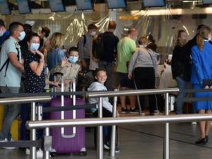 Strengere coronamaatregelen op Schiphol, maar geen vliegverbod