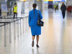 Minister zet deur op een kier voor KLM om aan sneltestplicht te ontkomen