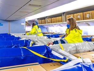 Nieuw bij KLM: vrachtruimtes in passagiersstoelen