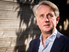 Schipholtopman Dick Benschop: 'Juist nu moet Lelystad ervan komen'