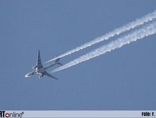Bijna 300.000 vluchten minder boven Nederland in crisistijd