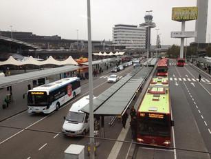 Elektrische shuttlebussen rijden straks gasten van Schiphol naar meerdere hotels