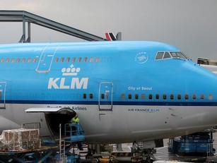 KLM laat zwakste schouders de rekening betalen