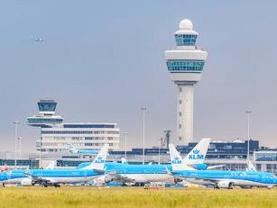 Crisisoverleg bij KLM: noodsteun mogelijk afgewezen