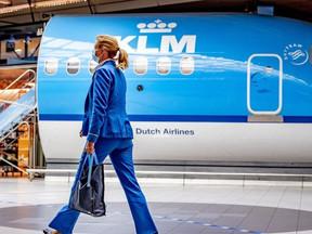 Nog geen piloot, stewardess of purser gedwongen eruit bij KLM