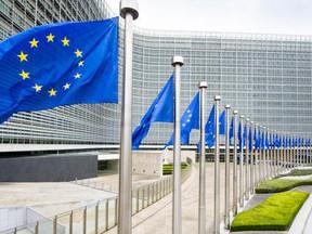 Europese Commissie wil gevaccineerde reizigers van buiten de EU toelaten
