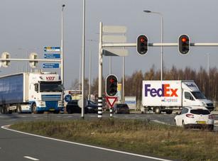 Voorrang bij verkeerslicht voor wegvervoer rond Schiphol