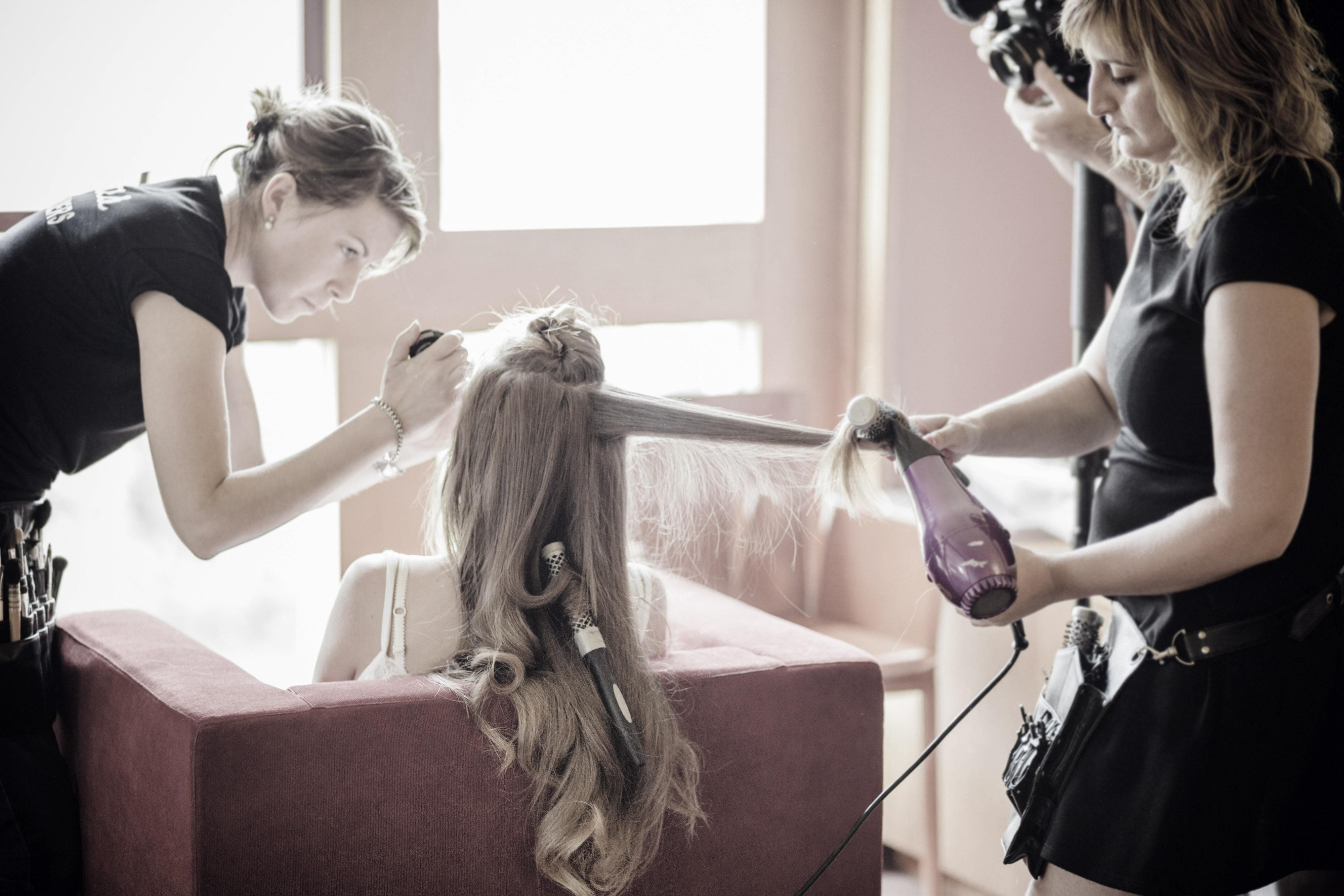 peluquería y maquillaje a domicilio
