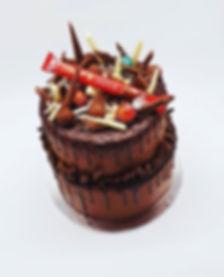 Lindor Chocolate Drip Cake 🍫😍 #lindt #