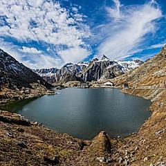 Lac du Grand-Saint-Bernard, Italie / Suisse