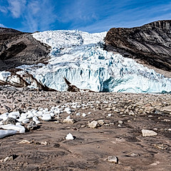 Glacier dans le Sam Ford fjord, Canada