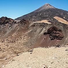 Cratère du Pico Viejo et le Teide