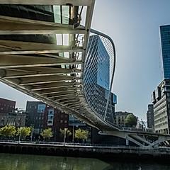 Puente Zubizuri, Bilbao