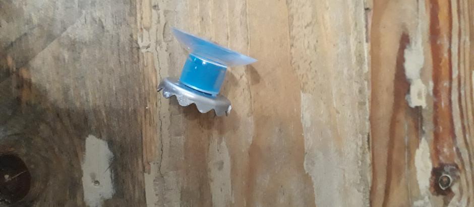 Un porte savon magnétique idéal pour le savon et shampoing solide