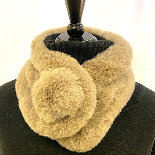 Faux Fur Bobble scarf