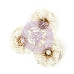 Antoinette, Love Story Flowers