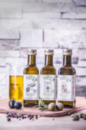Huiles 3 bouteilles 1.jpg