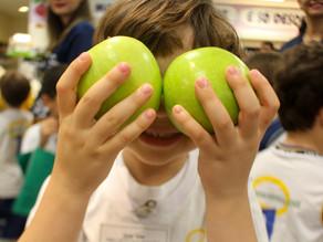 Da horta ao mercado: estudantes descobrem o caminho dos alimentos saudáveis