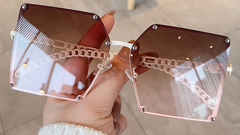 2021 New Fashion Oversize Gradient Sunglasses for Women