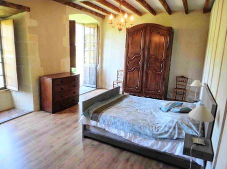 Bedroom Prieure Chambre Parquet.jpg