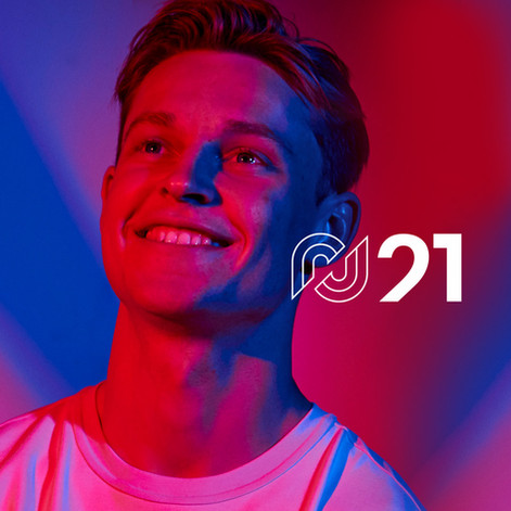 De Jong lanza su propia página web.