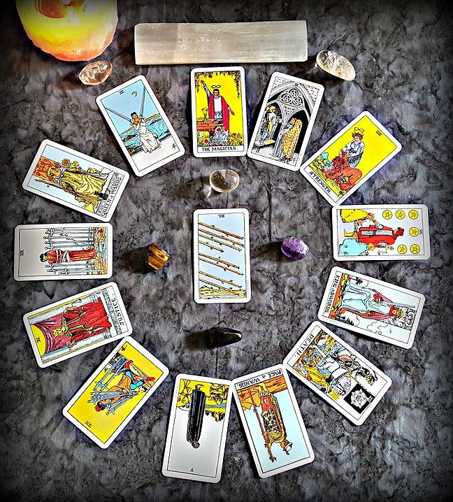 New+Year+Tarot+Reading.jpg