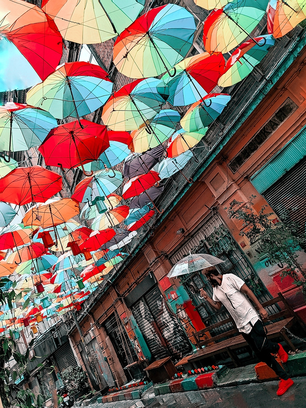 umbrella street | Taksim Square | Istanbul | istiklal street | taksim to tunel | tram | travel blog | istanbul itinerary | baklava | galata bridge | blue mosque | hagia sophia | topkapi palace | galata bridge | galata tower | bosphorus | grand bazaar | turkey | turkey tourism | karakoy |