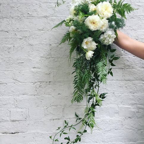 Teardrop & Trailing Bouquet