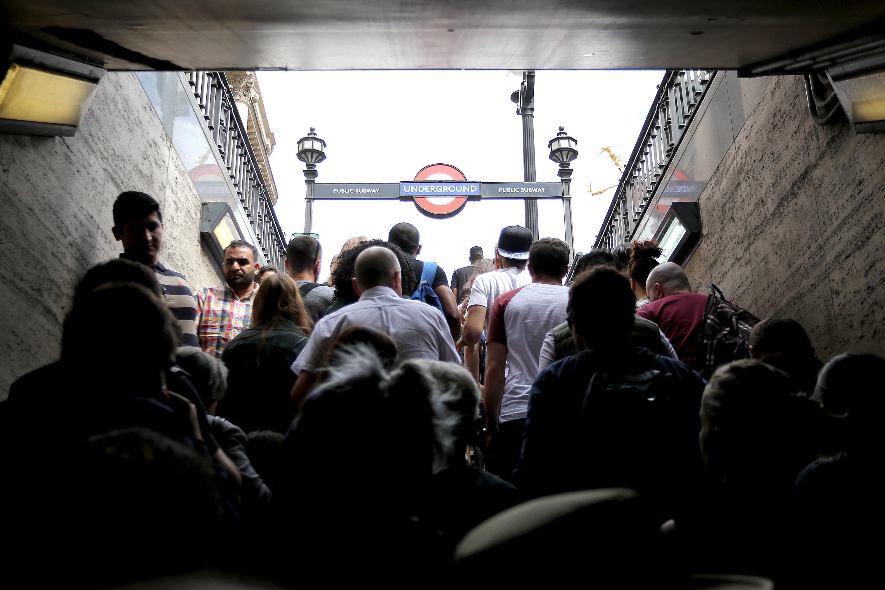 2016,06,LONDON
