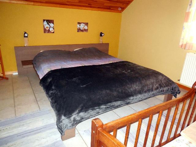 Slaapkamer Ardennen Sur Les Sarts