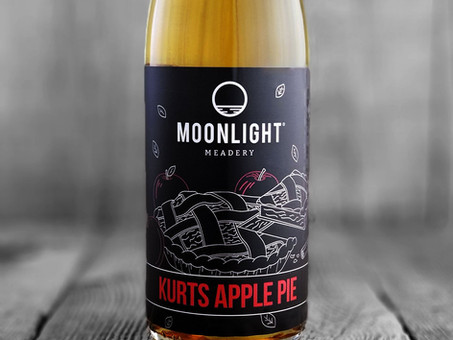 Mead Review: Kurt's Apple Pie by Moonlight Meadery