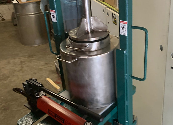 Hydra Hand Operated Tincture Press