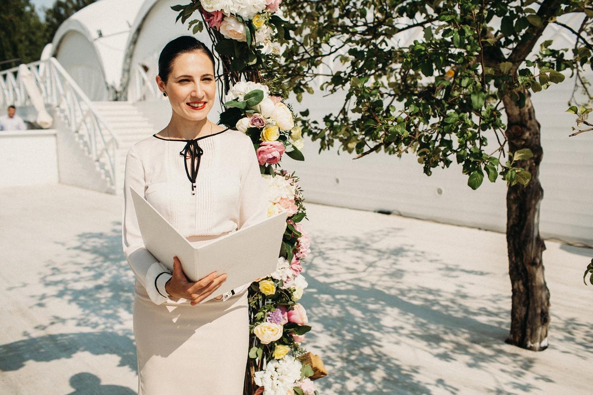 выездная регистрация Елизаветы и Кирилла, регистратор Юлия Нежинская
