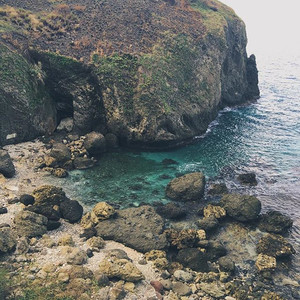 The Homoron Blue Lagoon is a favourite swimming spot of Ivatan locals