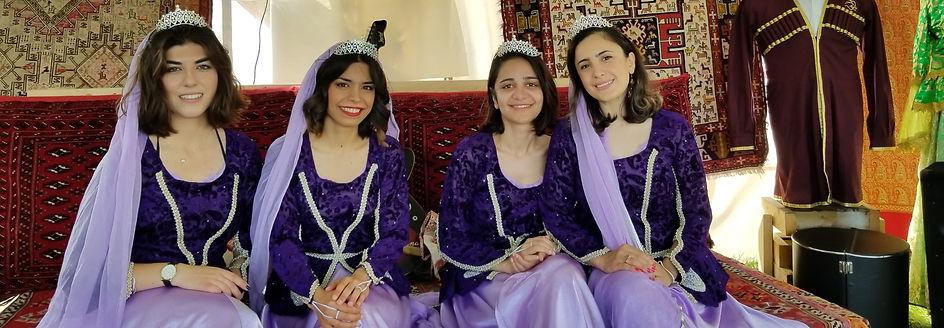 Beautiful%20Dancers%20with%20Azerbaijani