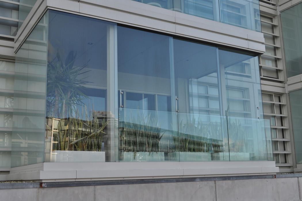 zasklenie-balkony-04.JPG
