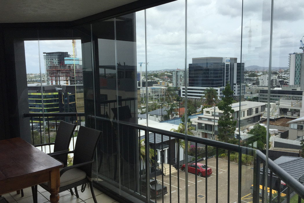 zasklenie-balkony-07.jpg