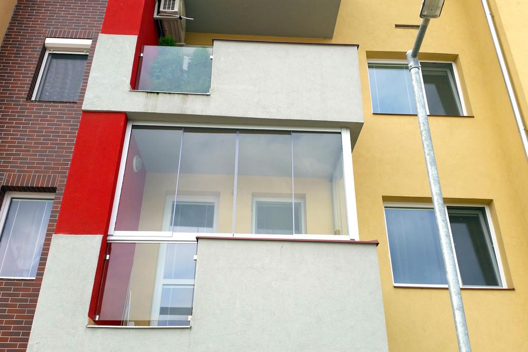 zasklenie-balkony-27.jpg