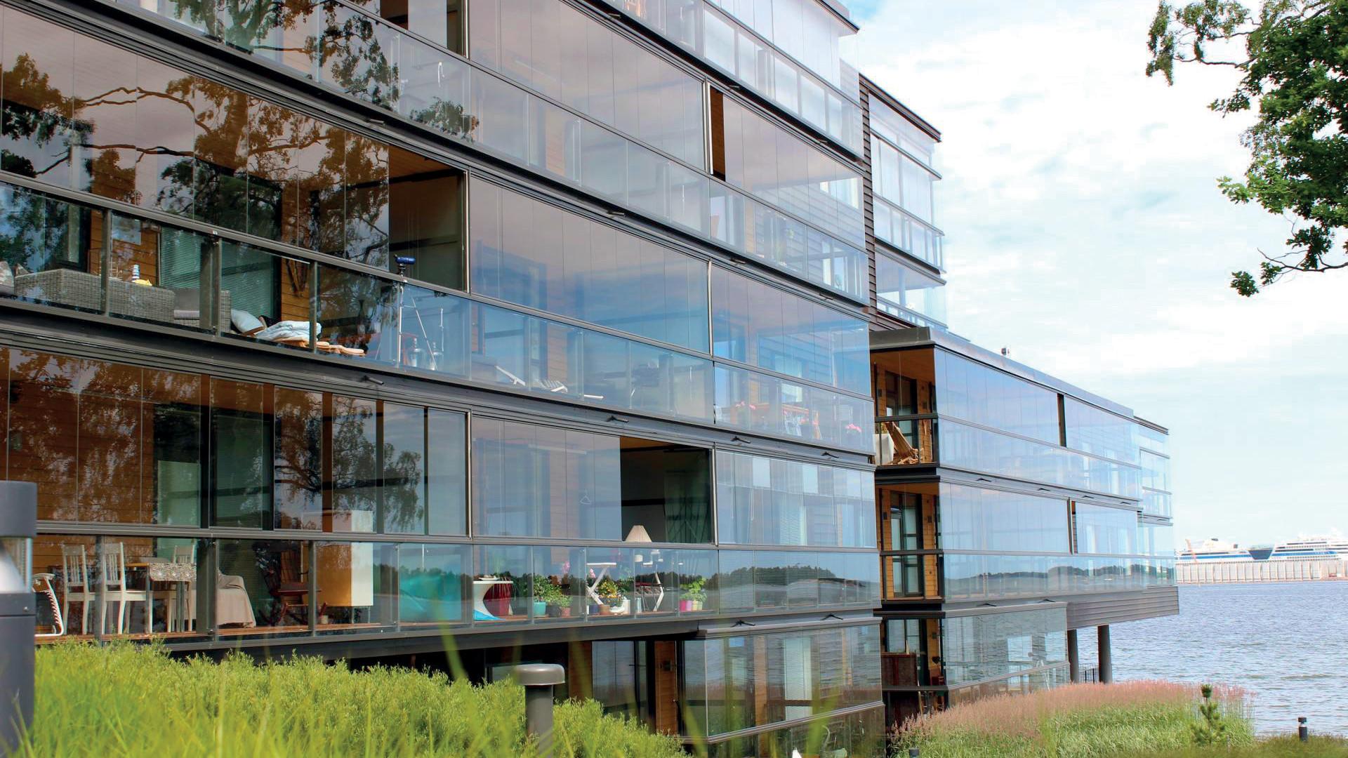 zasklenie-balkony-08.jpg