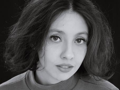 Entrevista: Mariana Godoy continua se afogando em Virginia Woolf